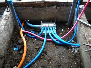 赤サビの出る水道管を撤去